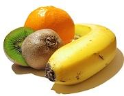 Kiwi, naranja y plátano.