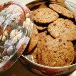 Receta de cookies de quínoa y pasas.