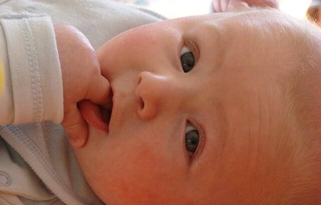 carita de bebe feliz