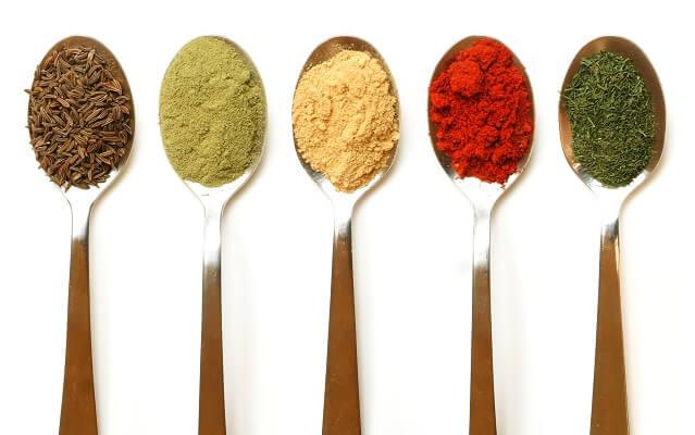 Aceites aromáticos para acompañar nuestros platos