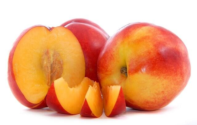 Tarta de Melocotón con bombones de fresa