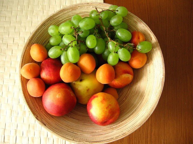frutas en un frutero
