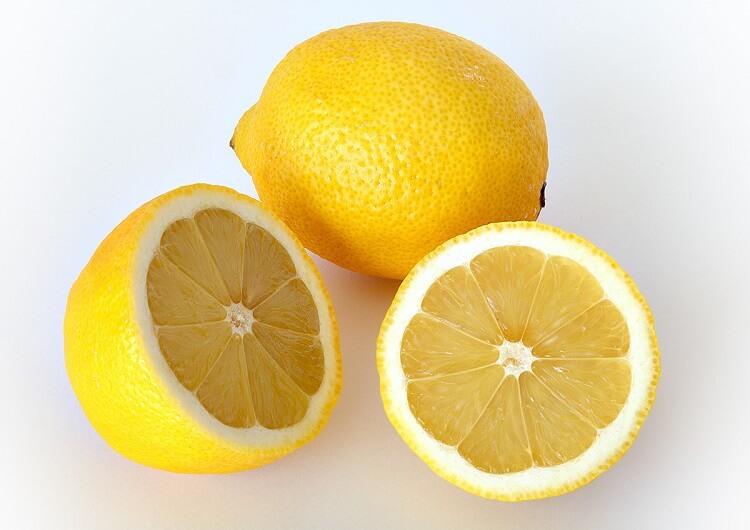 limones partidos por la mitad